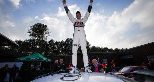 Mattias Ekström er verdensmester i FIA World RX Rallycross Championship. Han sikret tittelen med femteplass i Buxtehude, Tyskland, søndag.