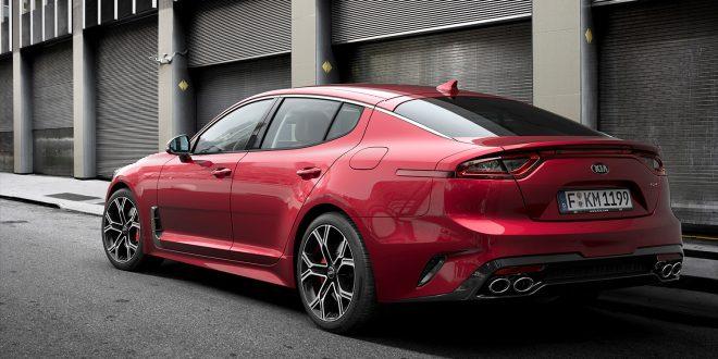 Kia Stinger er nominert som årets bil, og er en av Kias seks nominasjoner. (Foto: Kia)