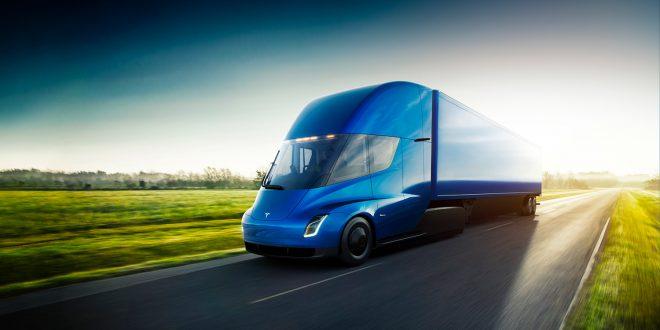 Slik ser den nye trekkvognen fra Tesla ut. (Alle foto: Tesla)