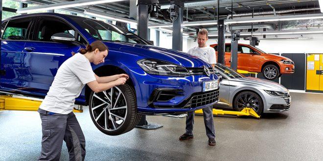 EU skjerper kravene til bilprodusentene. (Foto: Volkswagen)