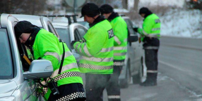 Heldigvis kjører de fleste i Norge uten promille, men fortsatt er det for mange ruspåvirkede førere her. Men ingen har vel hatt den samme forklaringen som en mann i USA prøvde seg på. (Illustrasjon: UP)