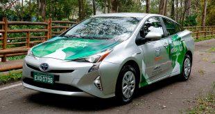 Dette er en verdensnyhet, ifølge Toyota. (Begge foto: Toyota)