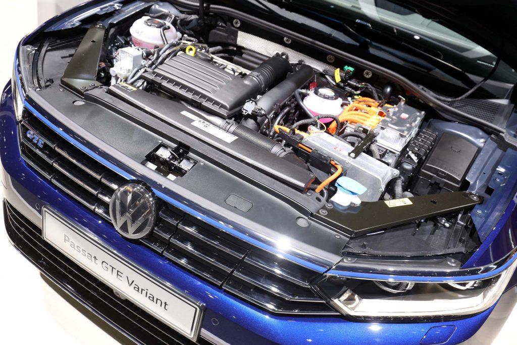 VW GTE Passat