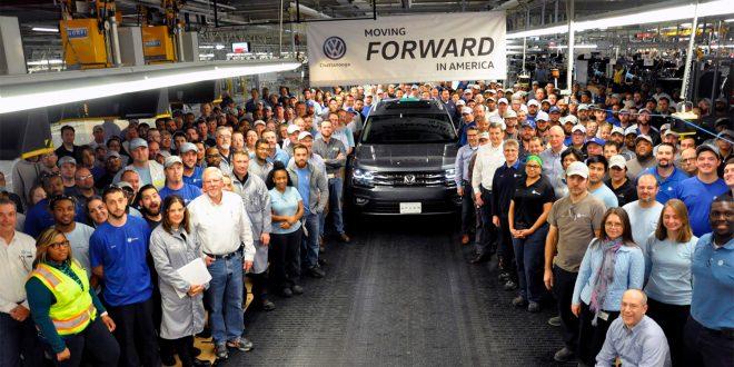 Den europeiske bilindustrien frykter framtiden i USA. Her fra en Volkswagen-fabrikk i USA. (Foto: VW)