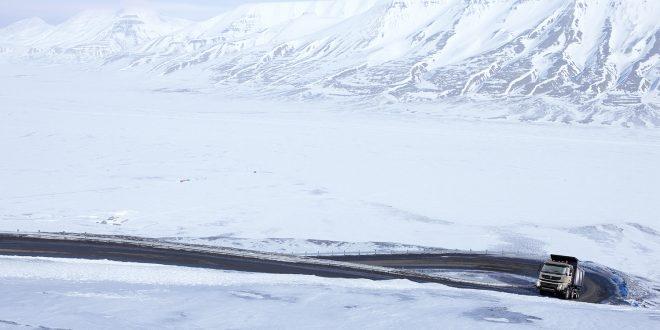 Flere tiltak kan gi færre trafikkdrepte. (Foto: Volvo)