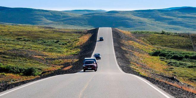 Vilt og vakkert. Ifjordfjellet ble kåret til den flotteste veistrekningen i 2016. (Foto: Knut Opeide, Statens vegvesen)