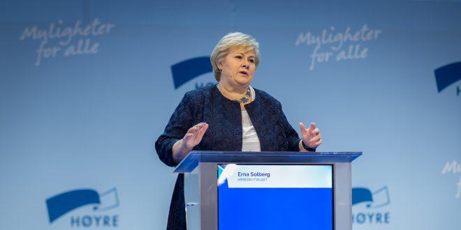 Høyre-leder Erna Solber gikk på et nederlag da landsmøtet stemte ned forslaget om å øke engangsavigten på fossilbiler. (Foto: Høyre)