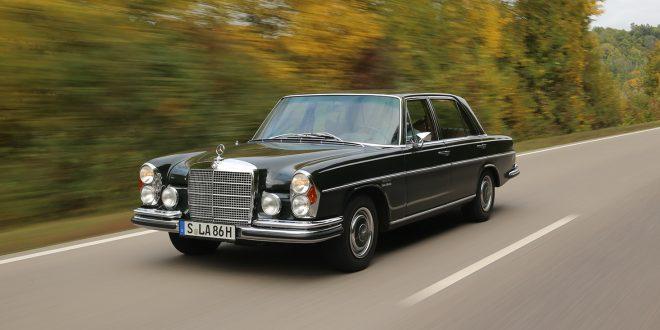 Hvilken bil! Mercedes-Benz 300 SEL 6.3 er en ulv i fåreklær. (Alle foto: Mercedes)