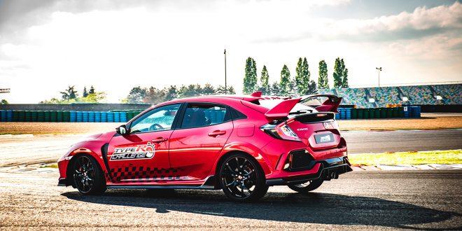 Honda Civic hanker inn både priser og rekorder. (Alle foto: Honda)