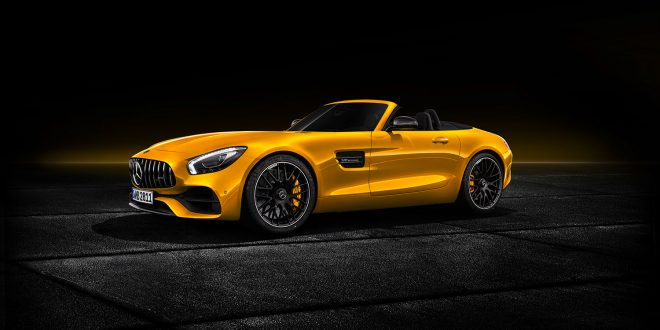 Mercedes kommer med en AMG GT Roadster, så nå er de tre i den toppløse familien. (Alle foto: Mercedes)