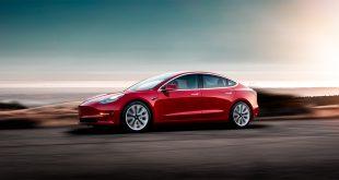 Nå åpner Tesla for bestillinger for AWD-versjonen av Model 3. (Alle foto: Tesla)