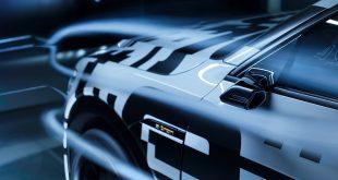 Audi e-tron har noen spesielle speil, og det er ikke tilfeldig. (Alle foto: Audi)