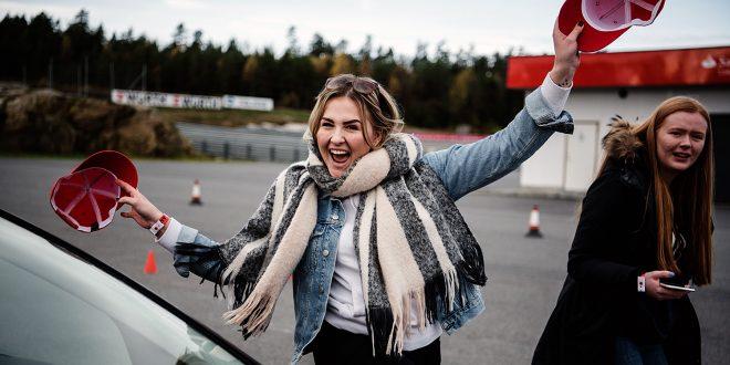Unge norske førere får nå muligheten til å delta på Fords kjøreskole. Her fra fjorårets kurs. (Alle foto: Ford)
