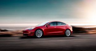 Tesla begynner å få fart på Model 3-produksjonen. Dette er ikke den råeste versjon, og sjekk saken for bilde av den. (Foto: Tesla)