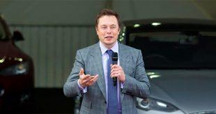 Elon Musk fortsetter både som styreleder og konsernsjef i Tesla. (Foto: Tesla)