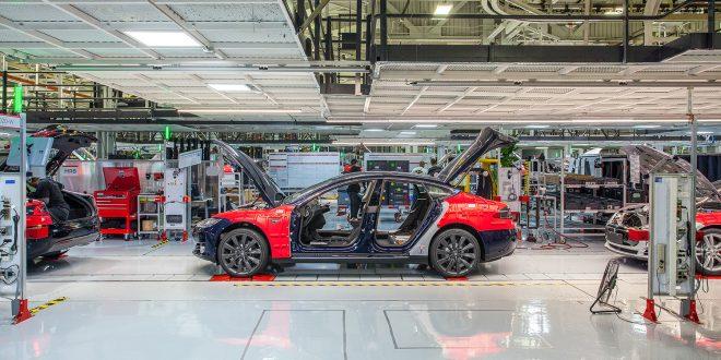 Tesla kutter antall ansatte med 9 prosent. (Foto: Tesla)