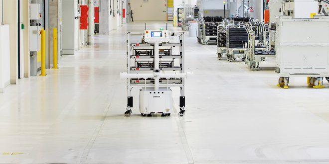 Robotene kommer, og nå er de også selvlærende. (Alle foto: Skoda)