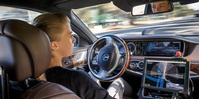 Alle de store bilprodusentene utvikler autonome biler, som vil komme mer og mer i 2020-årene. (Foto: Mercedes)