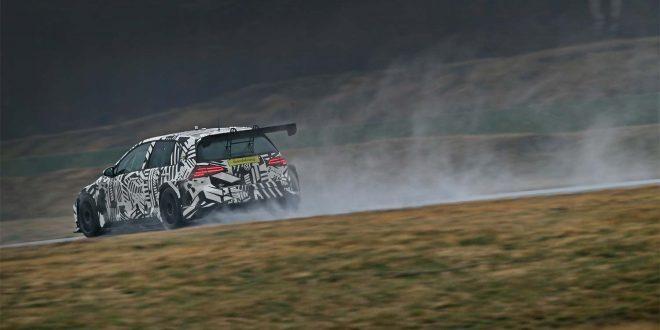 Dette er noe spesielt som en elektrisk Volkswagen Golf GTI TCR. (Alle foto: VW)