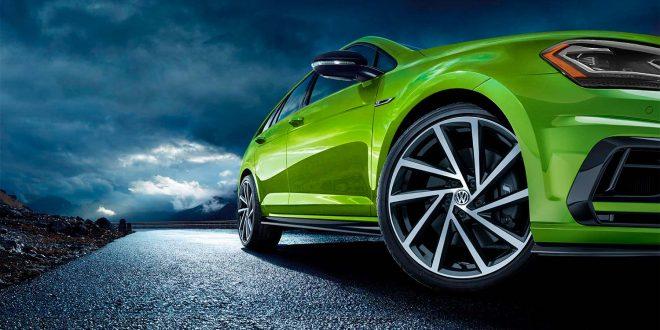 Nye Volkswagen Golf R blir en fargerik bil. (Alle foto: VW)