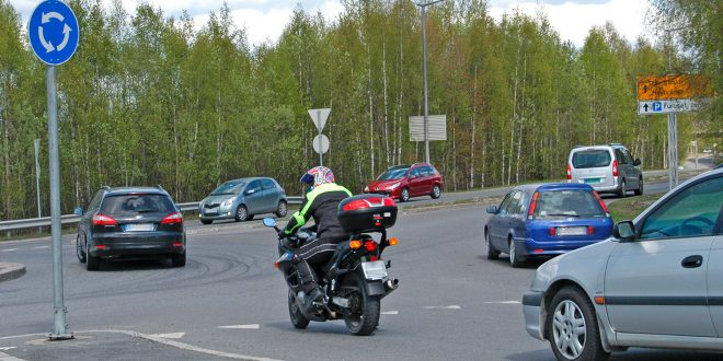 Statens vegvesen er bekymret for utviklingen rundt MC-ulykker. (Illustrasjon: Trygg Trafikk)