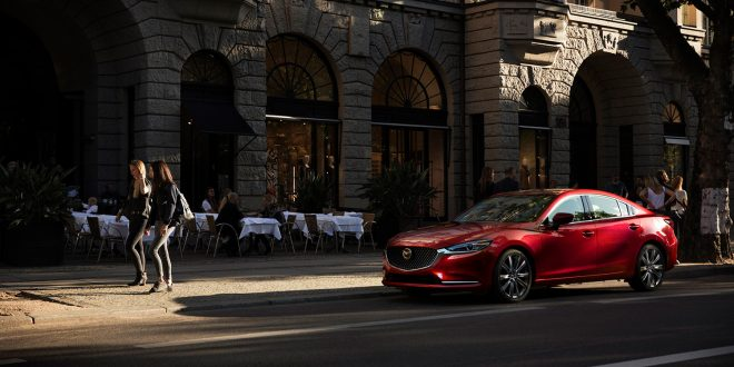 Mazda selger faktisk som aldri før. Her Mazda 6. (Foto: Mazda)