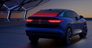 Nye biler nøyer seg ikke bare med lykter foran og bak. (Foto: VW)