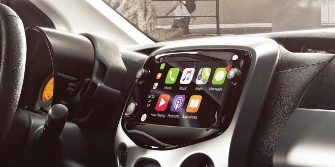 Nye Toyota Aygo har støtte for både Apple CarPlay og Android Auto. (Begge foto: Toyota)
