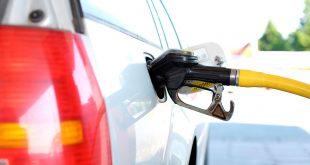 Moderne drivstoffpumper kan bidra til å forvirre bilistene. (Foto: Frende)