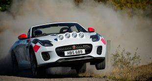 Dette er en toppløs rallybil. (Alle foto: Jaguar)