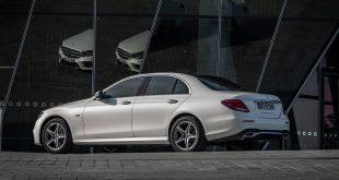 Mercedes E-klasse blir billigere takket være to hybrider. (Alle foto: Mercedes)