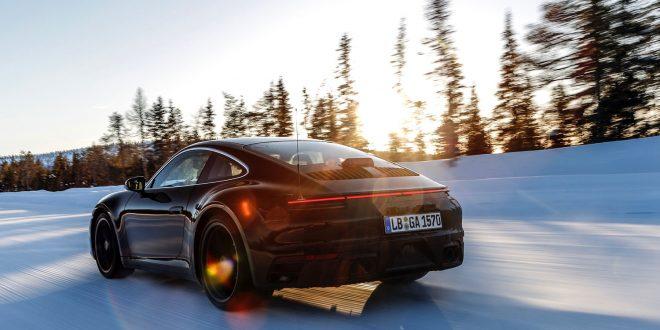 Her er den kommende 911 fotografert i Nord-Finland. (Alle foto: Porsche)