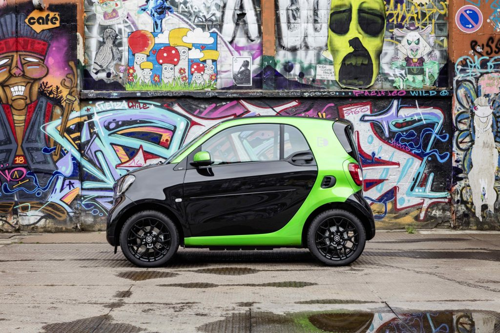 Smart Fortwo henviser til at denne er smart for to stykker.