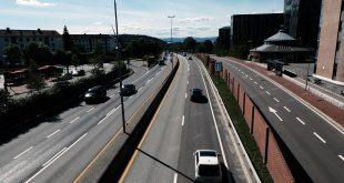 OFV advarer mot de mindre partiene SV og MDG. Sistnevnte vil blant annet redusere trafikken i Oslo (bildet) kraftig, og vil stenge alle drivstoffbilene ute av Ring 3 innen 2024. (Foto: Bil24)