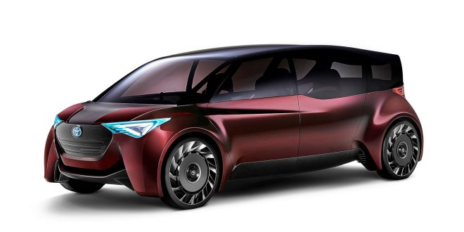 Toyota viser fram en seksseters hydrogenbil. (Alle foto: Toyota)