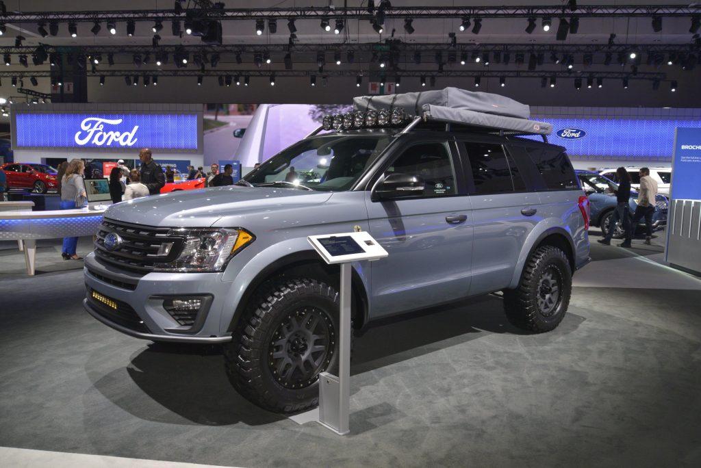 Ford Expedition XLT Baja-Forged Adventurer