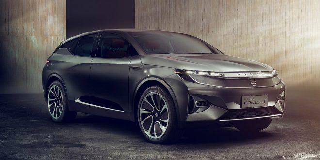 Byton er en lekker el-SUV. Men det mest interessante er hva som er på innsiden. (Alle foto: Byton)