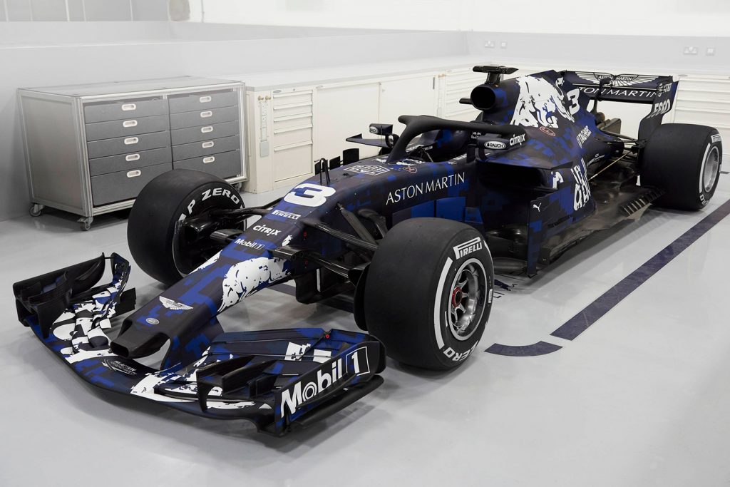 Dette er RB14. Mer eksakt (fokus nå!): Aston Martin Red Bull Racing TAG-Heuer RB14 Special Edition.