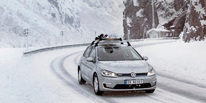 Tyske Volkswagen lurer på hva det er med Norge og elbiler. Så de har spurt fire nordmenn. (Foto: VW)
