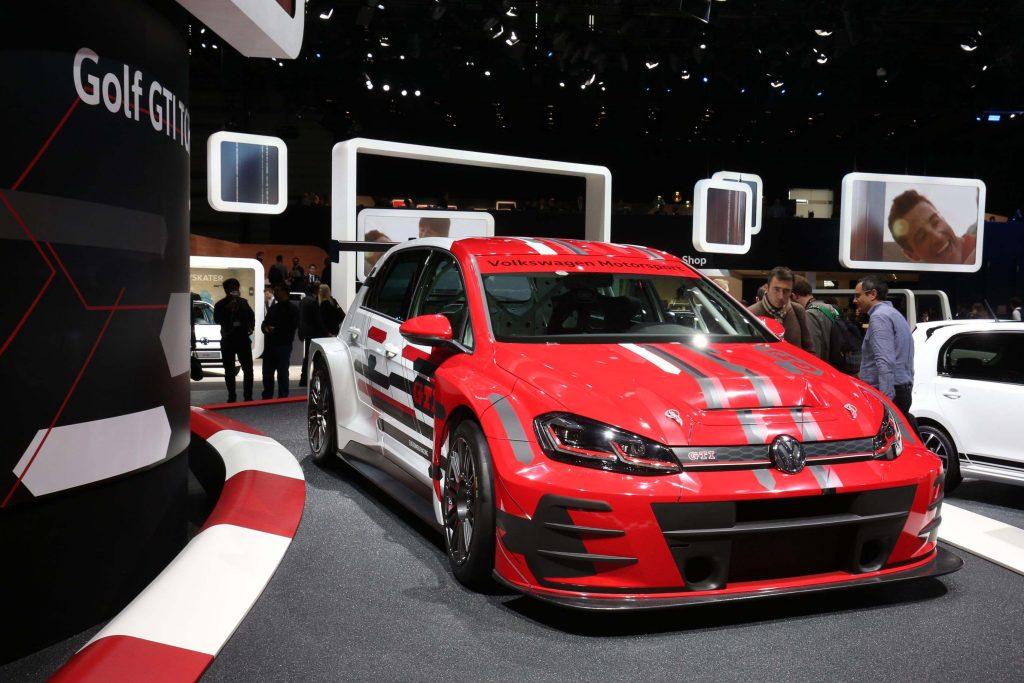 Volkswagen Golf GTI race car