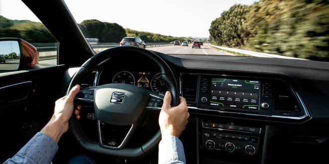 Moderne biler har livsviktige hjelpemidler som gjør kjøreturen sikrere. (Alle foto: Seat)