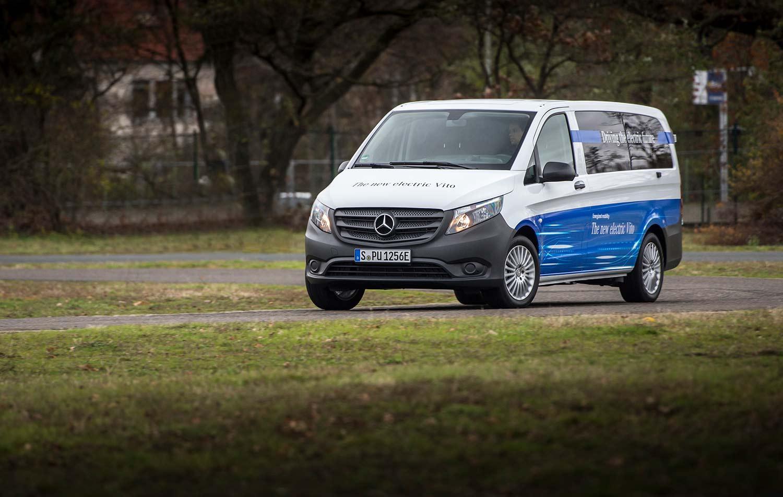 Selv om det nå åpnes for bestillinger, tar det fortsatt litt tid før leveringene av Mercedes eVito starter. (Foto: Daimler)