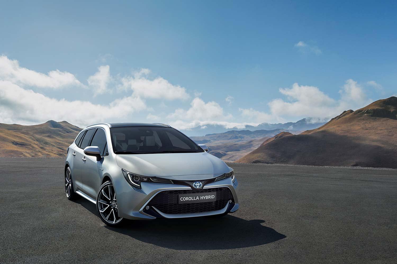 Nye Corolla Touring Sports er en linjelekker bil. (Foto: Toyota)