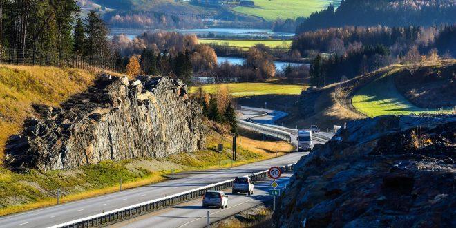 Dette er en vakker vei. E6 mellom Frya og Sjoa vant høythengende pris. (Alle foto: Knut Opeide, Statens vegvesen)