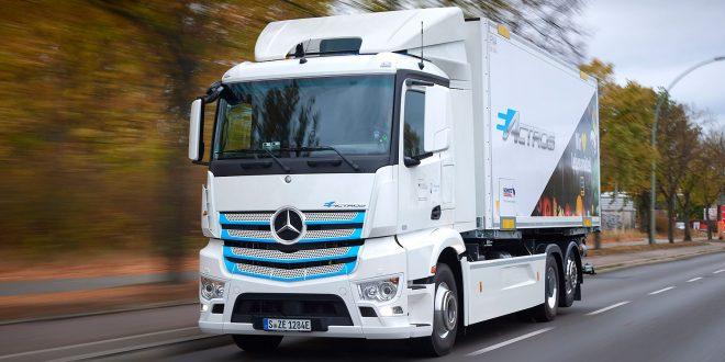 Dette er en el-lastebil. (Alle foto: Mercedes)