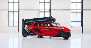 Dette kan bli verdens første flyvende bil. (Alle foto: Pal-V)