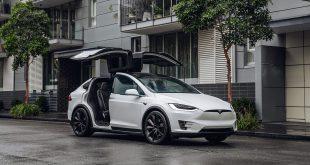Tesla Model X vippet Nissan Leaf ned fra tronen som Norges mest solgte bil. (Foto: Tesla)