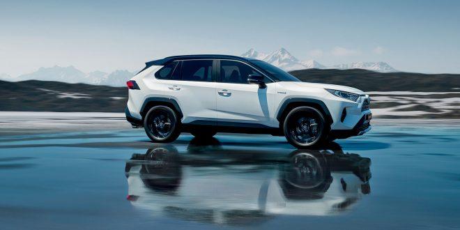 Toyota RAV4 er som mange nye biler fra den japanske produsenten basert på plattformen TNGA. (Foto: Toyota)