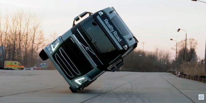 Sjekk denne Volvoen på to hjul! (Faksimile Volvo Trucks)