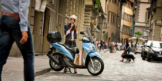En moped kan kun kjøres i 45 km/t, og mange ønsker derfor å kjøre lett MC. Nå skal reglene forenkles. (Foto: Yamaha)